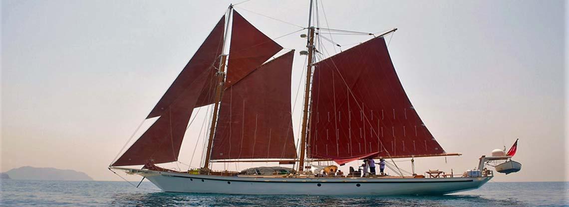 Dallinghoo Luxury Yacht
